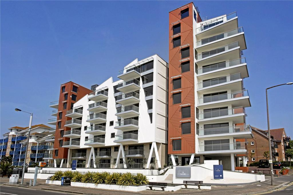 2 Bedrooms Flat for sale in E20, The Shore, 22-23 The Leas, Westcliff On Sea, Essex, SS0