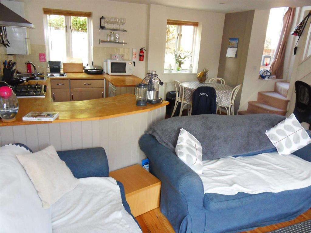 2 Bedrooms House for sale in Bars Mews, Bars Hill, Cowes