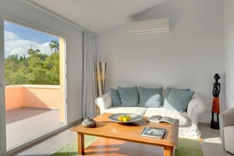 3 bedroom house  - Fully Renovated Townhouse, Costa D'en Blanes, Mallorca