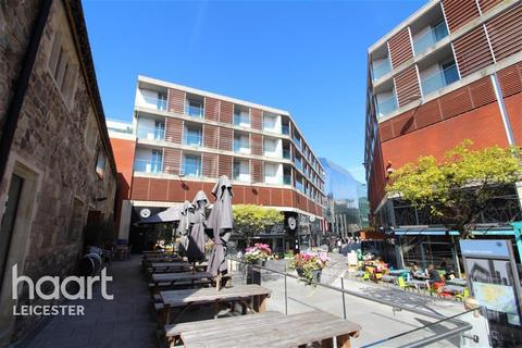 1 bedroom flat to rent - The Quad at Highcross, Leicester
