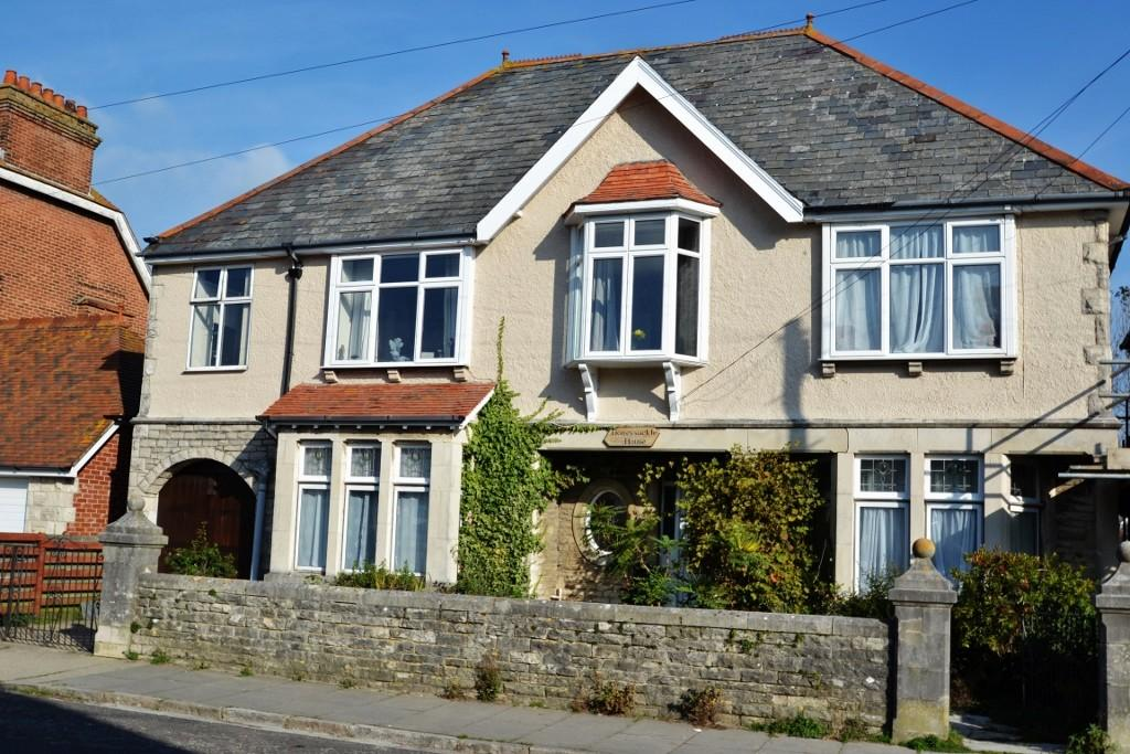 6 Bedrooms Detached House for sale in Swanage