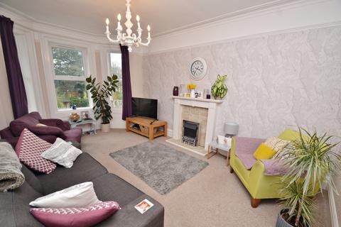 4 bedroom maisonette to rent - Poole