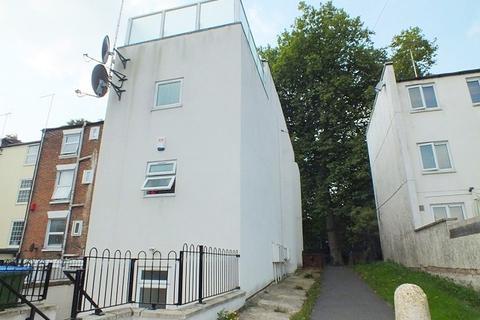 5 bedroom flat to rent - Southampton