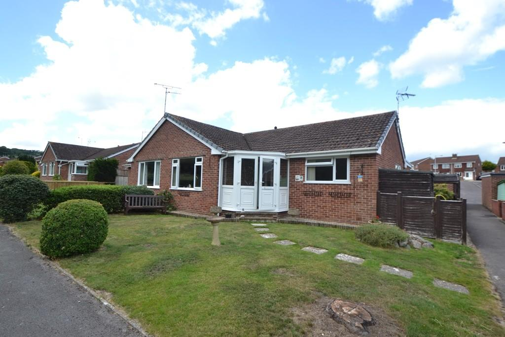 3 Bedrooms Bungalow for sale in Chard