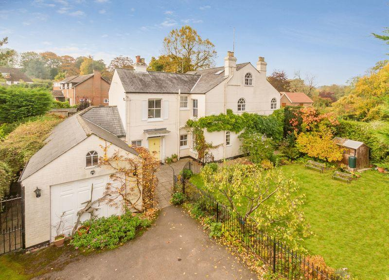 6 Bedrooms Village House for sale in Cleeve House, Goring-on-Thames