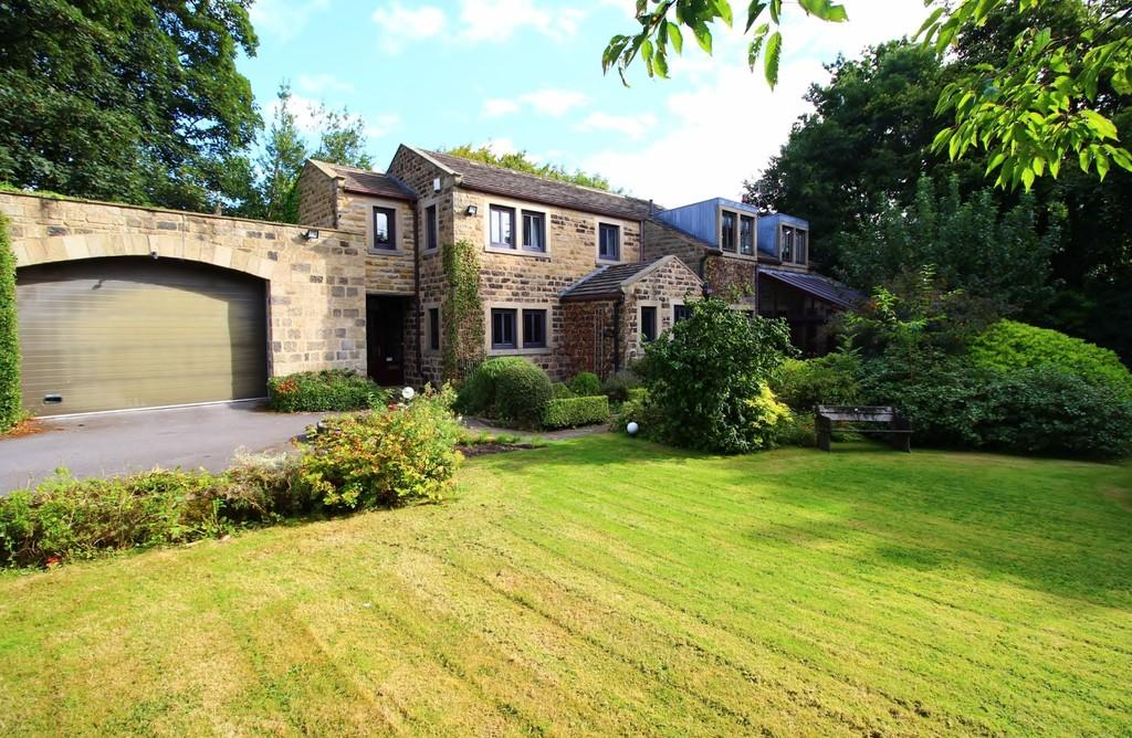 4 Bedrooms Link Detached House for sale in Church Hill, Bramhope