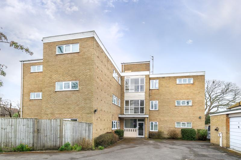 2 Bedrooms Apartment Flat for sale in Fairlawn, 2 First Turn, Oxford, Oxfordshire