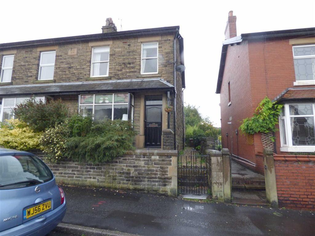 3 Bedrooms Semi Detached House for sale in Hadfield Road, Hadfield, Glossop, Derbyshire, SK13