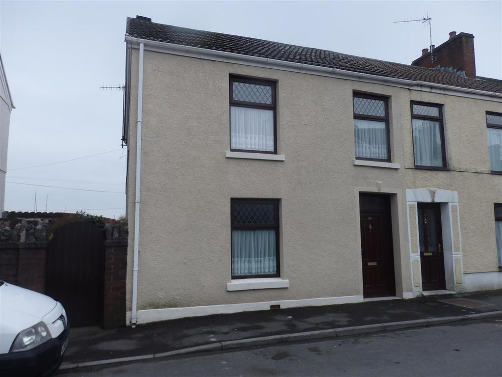 3 Bedrooms Terraced House for sale in New Street, Burry Port