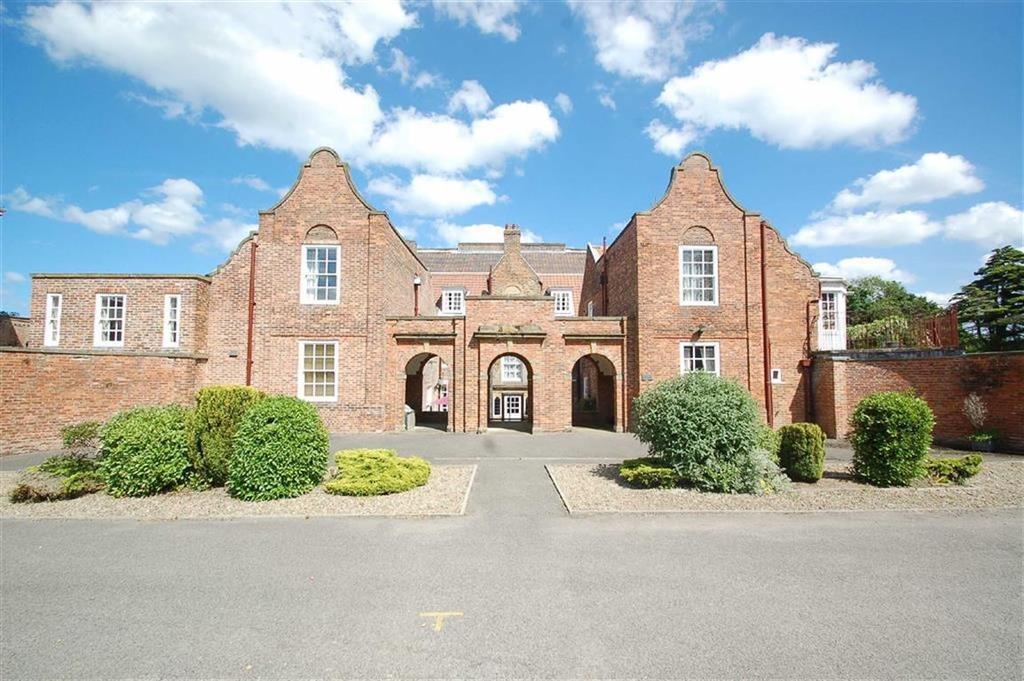 1 Bedroom Flat for sale in Hunmanby Hall, Filey, North Yorkshire, YO14