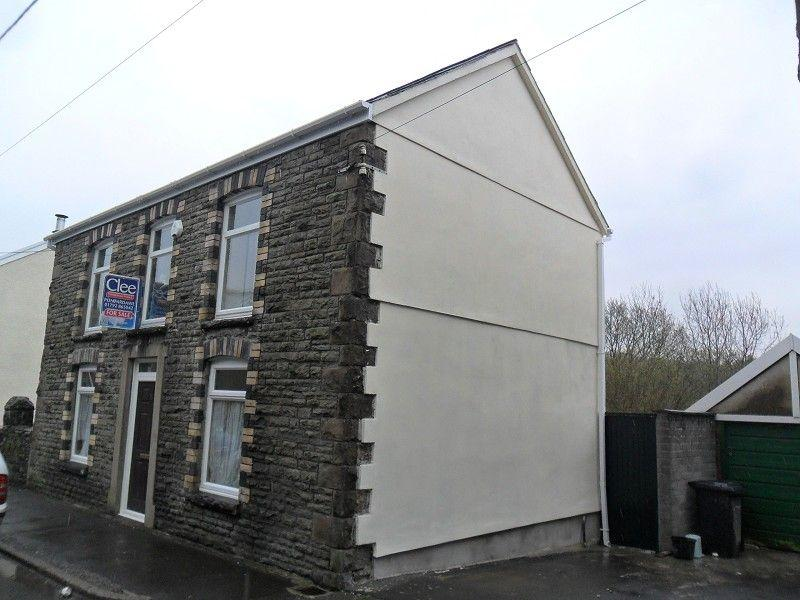 4 Bedrooms Detached House for sale in New Road, Ynysmeudwy, Pontardawe.
