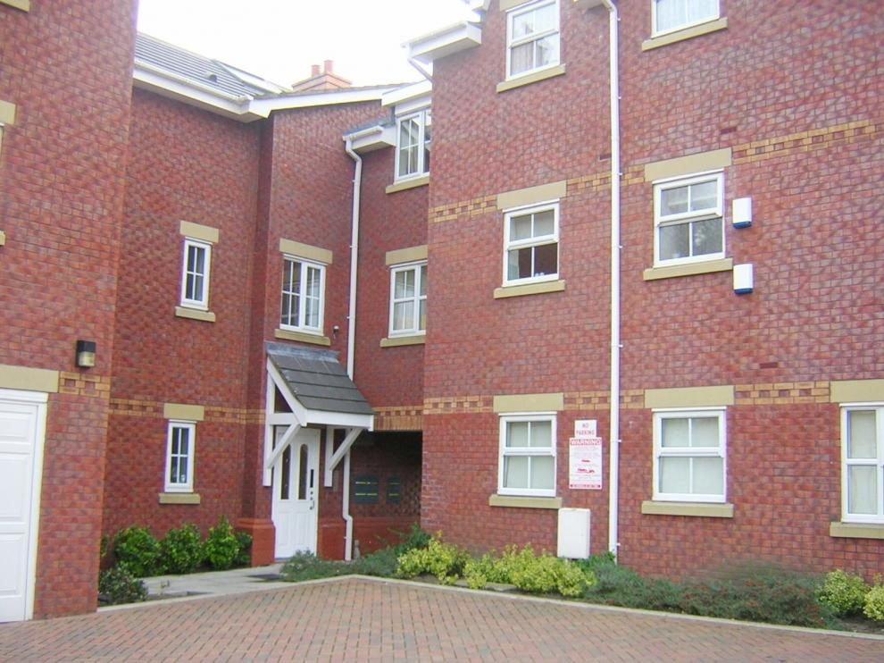 2 Bedrooms Apartment Flat for sale in The Mariners, Haven Road, Lytham, FY8