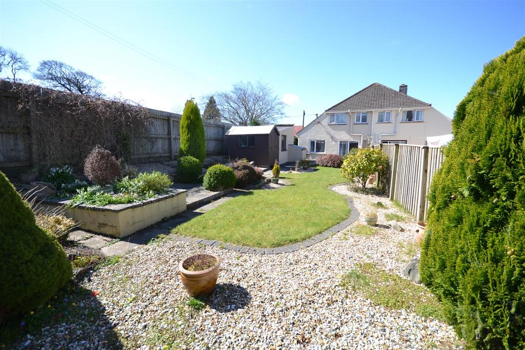 2 Bedrooms Semi Detached House for sale in Haverfordwest