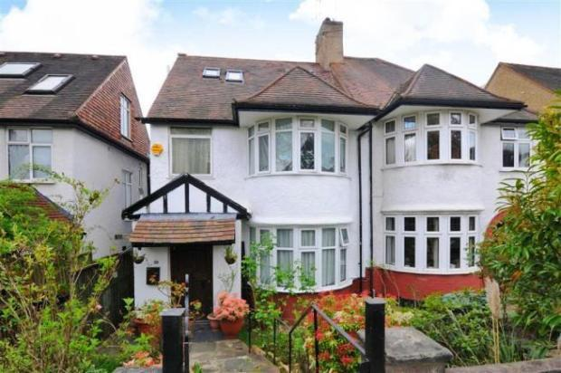 8 Bedrooms Semi Detached House for sale in Holders Hill Avenue, London NW4