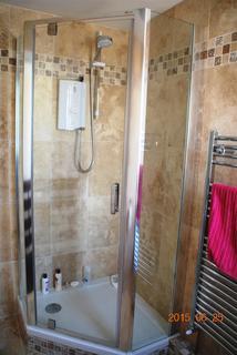 1 bedroom property to rent - WAINSCOTT ROAD, WAINSCOTT