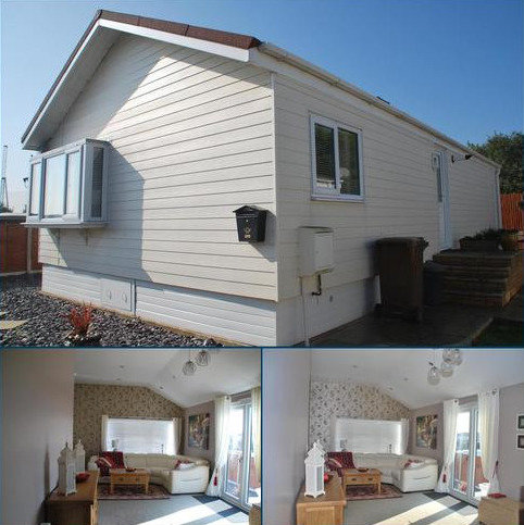 2 bedroom bungalow for sale - WILLOW CLOSE, KINGSMEAD PARK, ALLHALLOWS