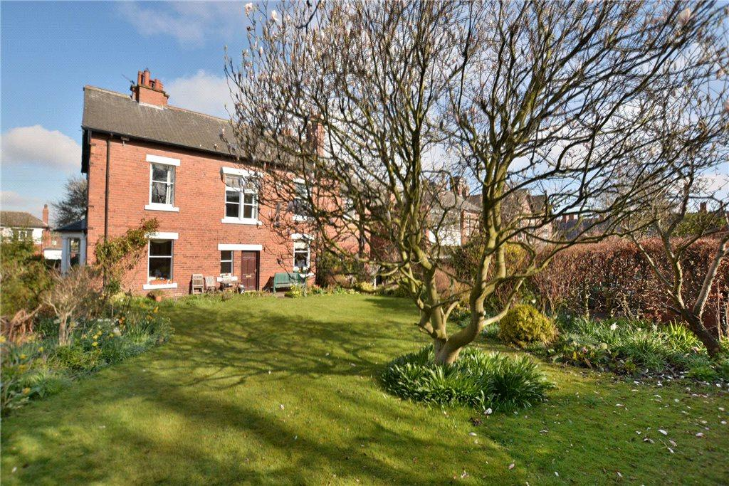 6 Bedrooms Detached House for sale in The Mount, Carlton Lane, Rothwell, Leeds
