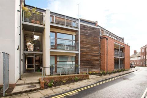 2 bedroom apartment to rent - Jacob Court, Trinity Lane, York, YO1