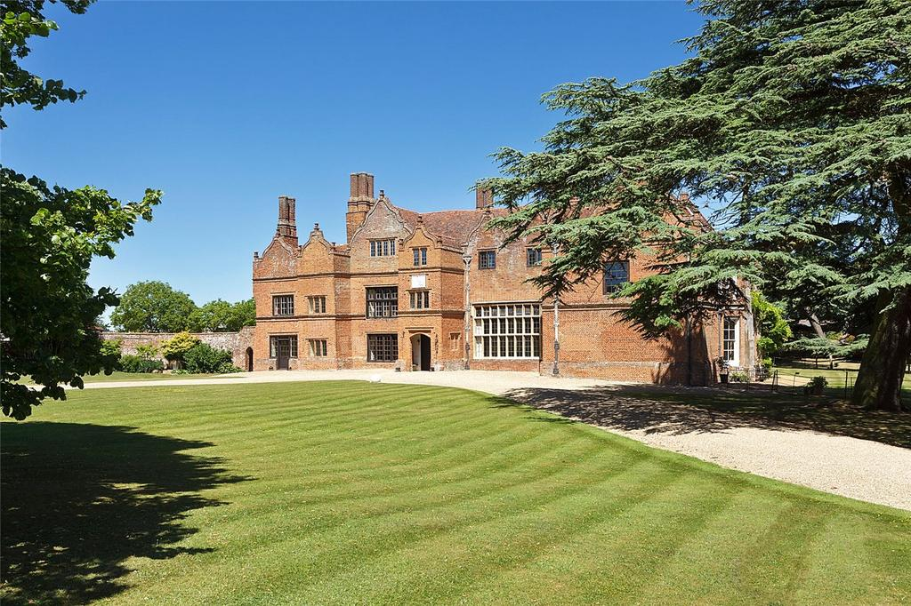 7 Bedrooms Detached House for sale in Spains Hall, Finchingfield, Essex, CM7