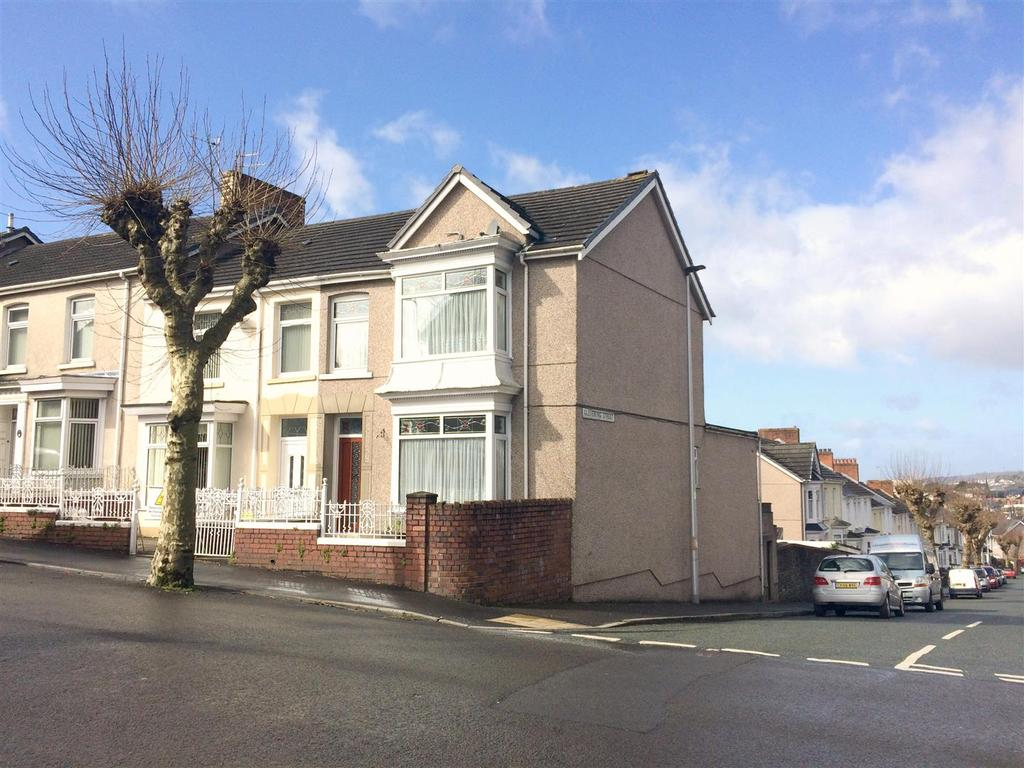 3 Bedrooms End Of Terrace House for sale in Alban Road, Llanelli