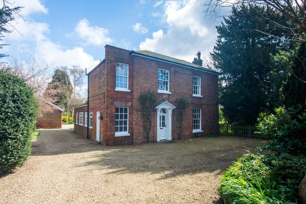 7 Bedrooms Detached House for sale in High Street, Swineshead, PE20