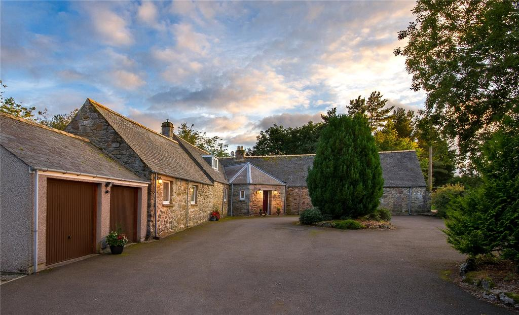 4 Bedrooms Detached House for sale in Farr, Inverness