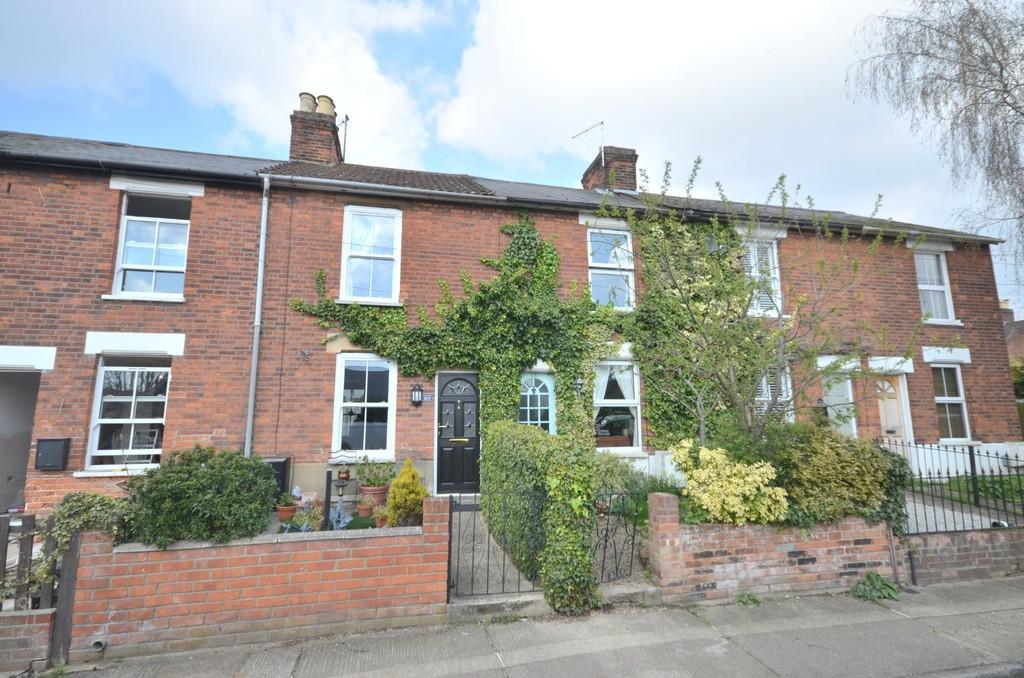 3 Bedrooms Terraced House for sale in Manor Road, Colchester