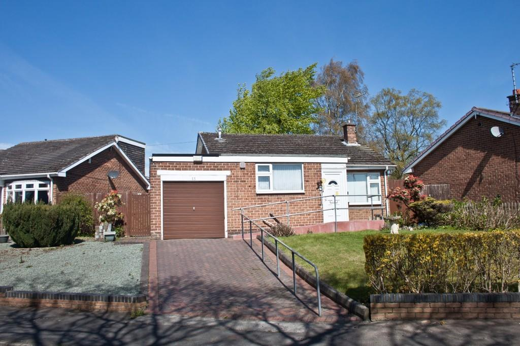 3 Bedrooms Detached Bungalow for sale in Wordsworth Road, Burntwood