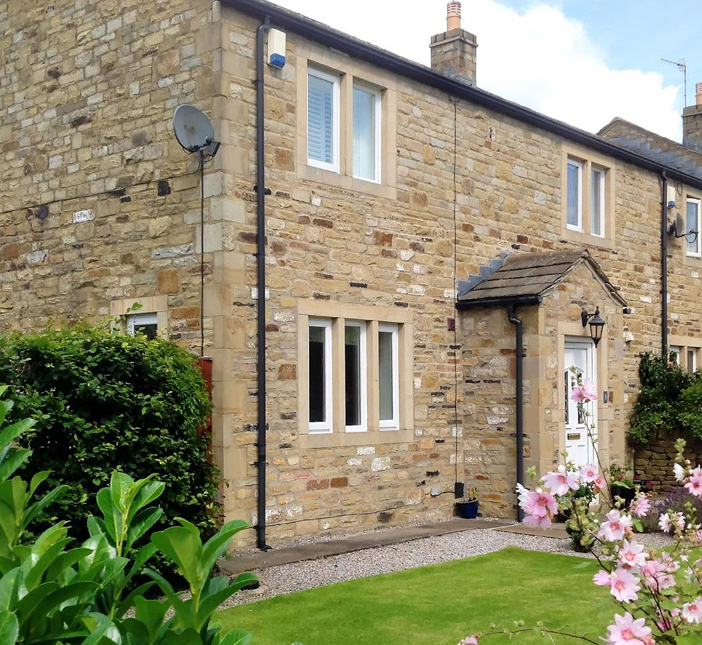 3 Bedrooms House for sale in 1 Megson's Court, Embsay, Skipton,