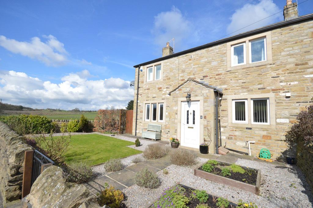 3 Bedrooms Town House for sale in 1 Megson's Court, Embsay, Skipton