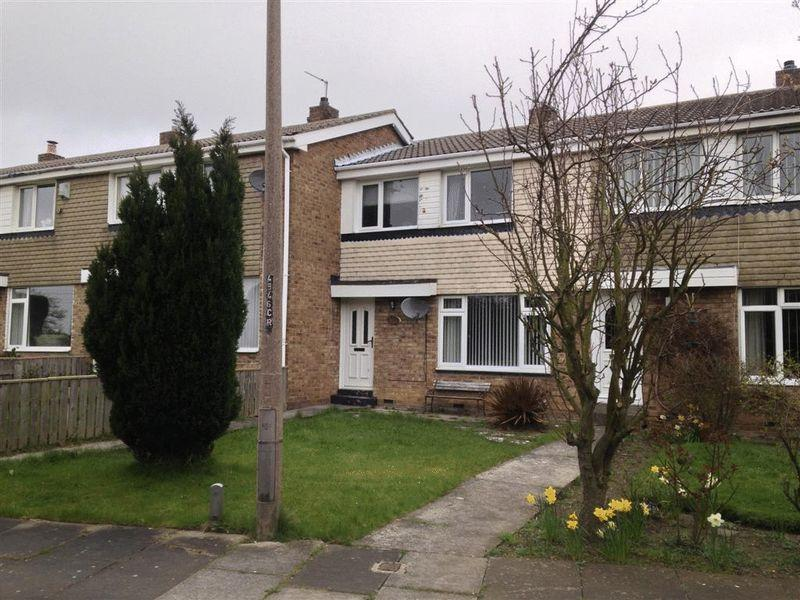3 Bedrooms Terraced House for sale in Monkside, Cramlington - Three Bed Mid Terraced