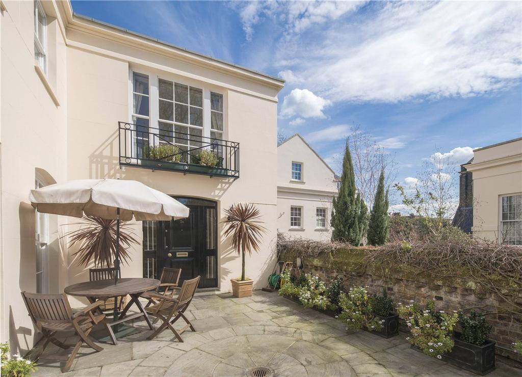 4 Bedrooms House for sale in Gloucester Gate, Regent's Park, London, NW1