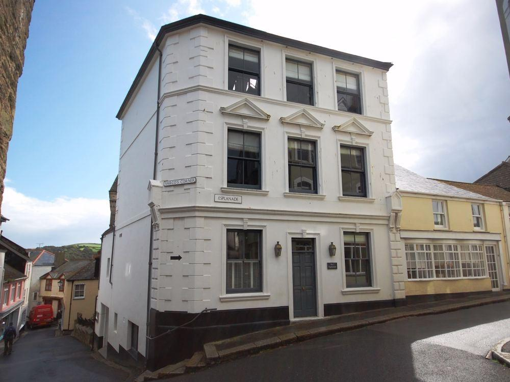1 Bedroom Flat for sale in 2 Marina Apartments, Fowey
