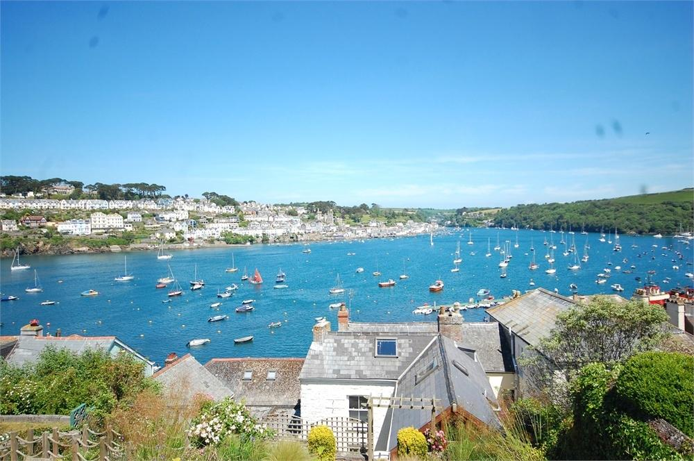 3 Bedrooms Terraced House for sale in Polruan, Polruan, Cornwall