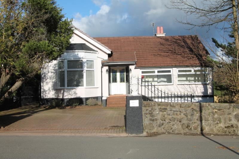 4 Bedrooms Detached House for sale in Cochno View, Cochno Road, Hardgate, Clydebank