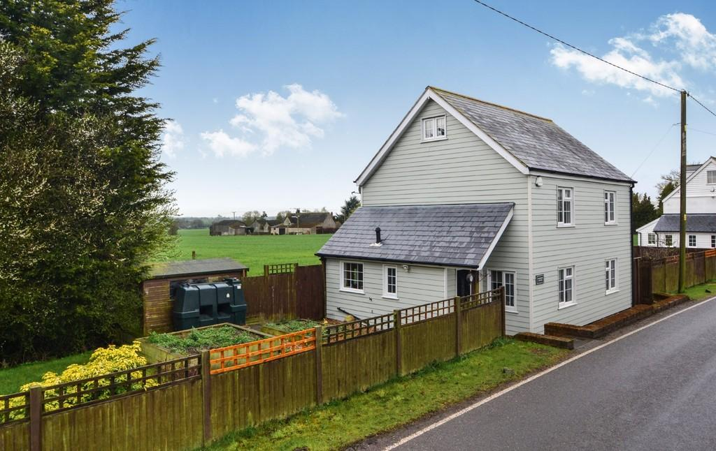 4 Bedrooms Cottage House for sale in The Street, High Easter