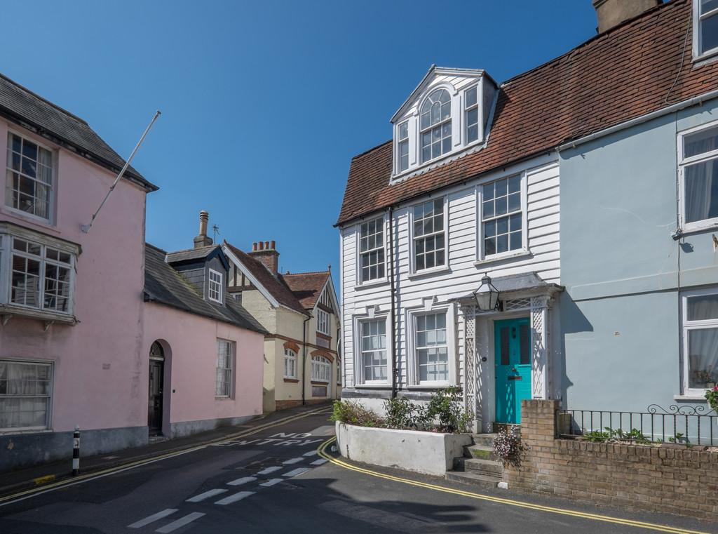 4 Bedrooms Town House for sale in Castle Road, Cowes