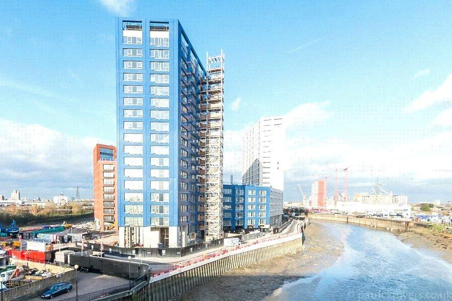 2 Bedrooms Flat for sale in Faraday Building, City Island, London