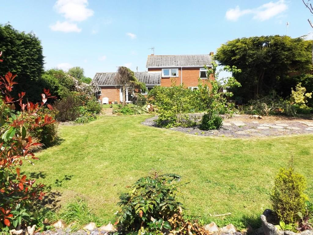 4 Bedrooms Detached House for sale in Chapelgate, Sutton St James