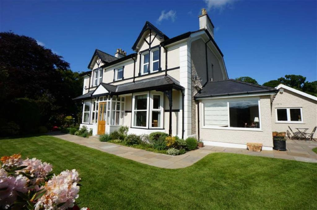 4 Bedrooms Detached House for sale in Town Hill, Llanrwst, Conwy