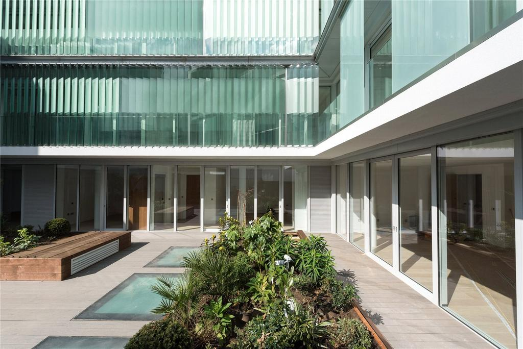 1 Bedroom Penthouse Flat for sale in Barnsbury Square, Islington, N1