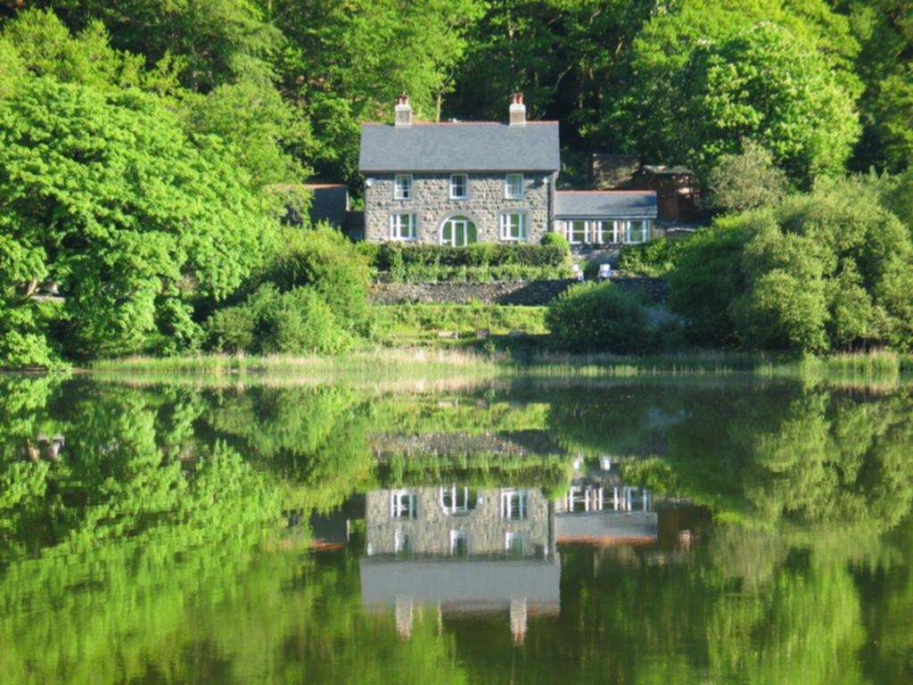 5 Bedrooms House for sale in The Old Rectory on the Lake, Tal Y Llyn, LL36
