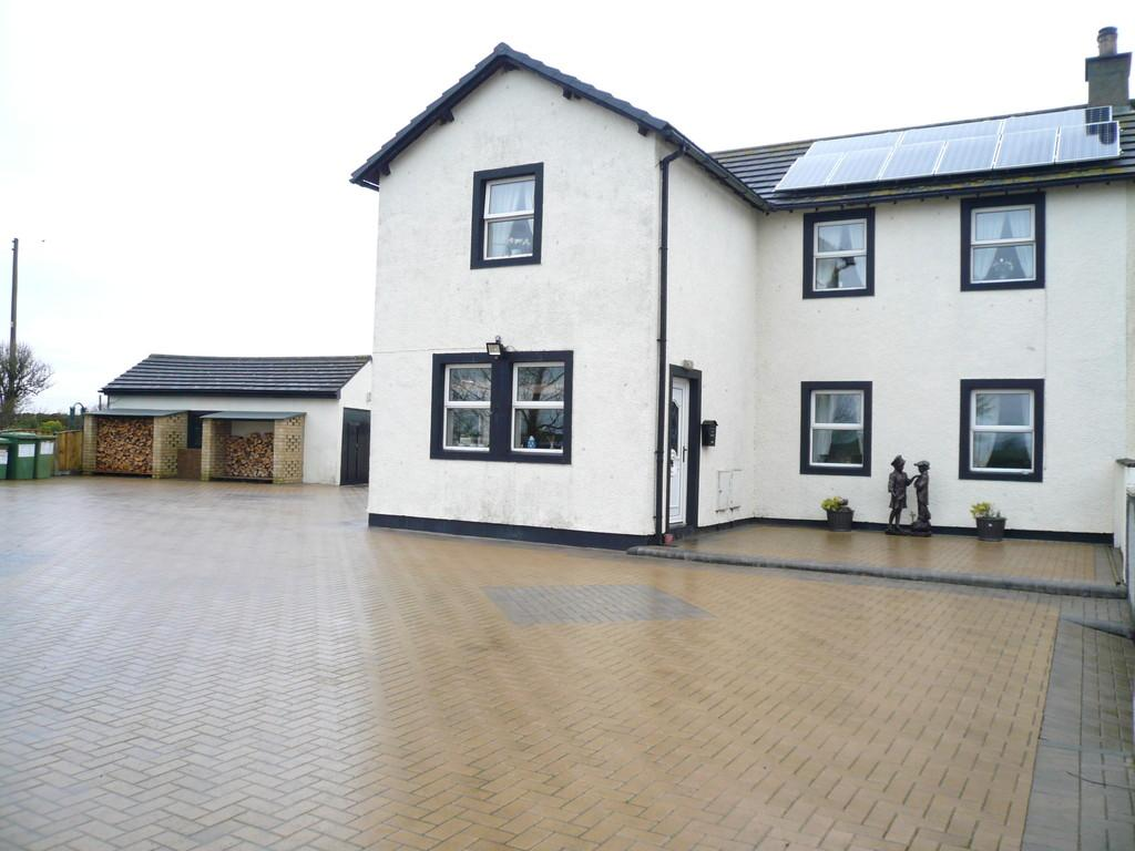 3 Bedrooms Semi Detached House for sale in Mawbray, Maryport