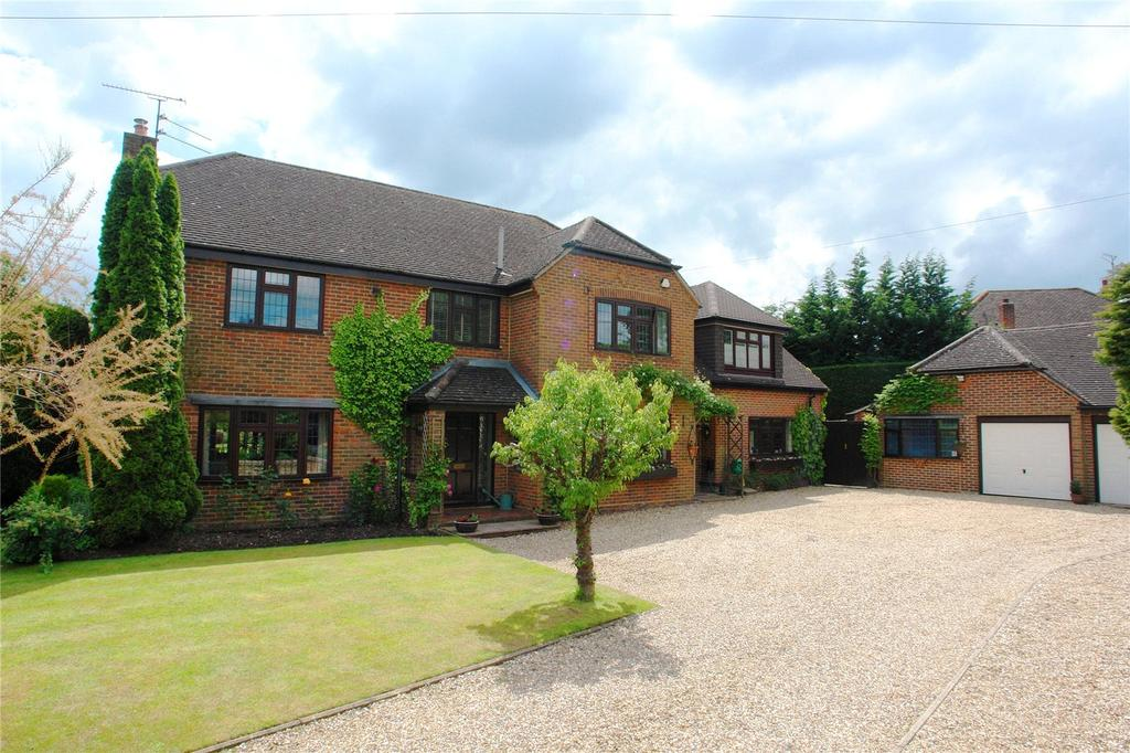 5 Bedrooms Detached House for sale in The Hatch, Burghfield, Reading, Berkshire