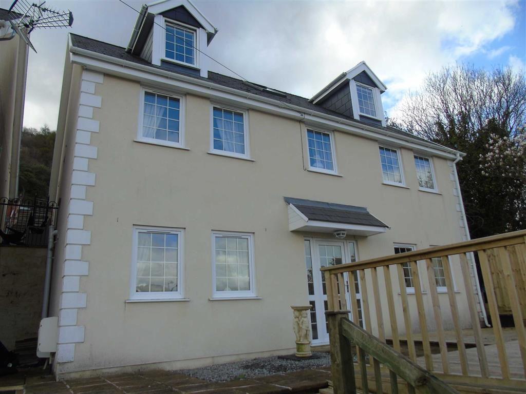 4 Bedrooms Detached House for sale in Graig Road, Alltwen, Swansea