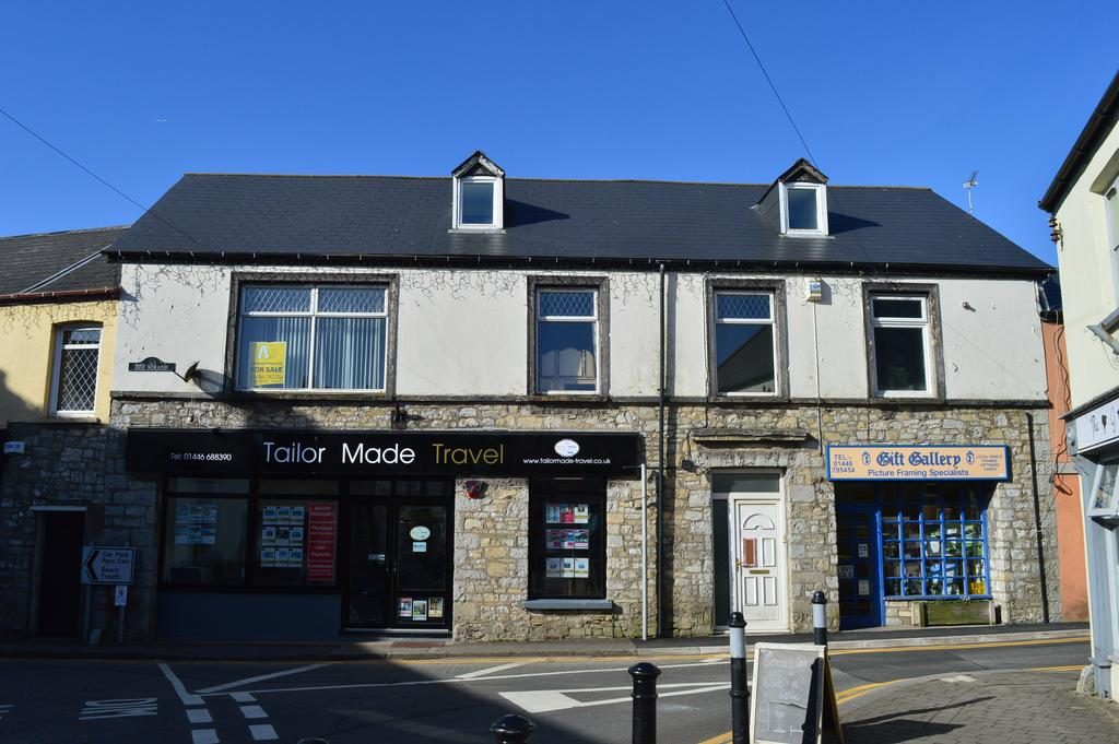 5 Bedrooms Town House for sale in The Strand, Llantwit Major, Vale of Glamorgan