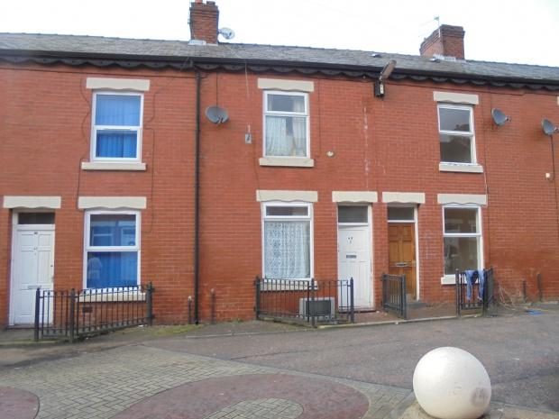 3 Bedrooms Terraced House for sale in Stainer Street, Manchester, M12
