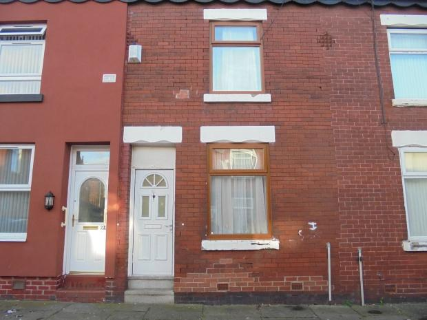 2 Bedrooms Terraced House for sale in Sullivan Street, Manchester, M12