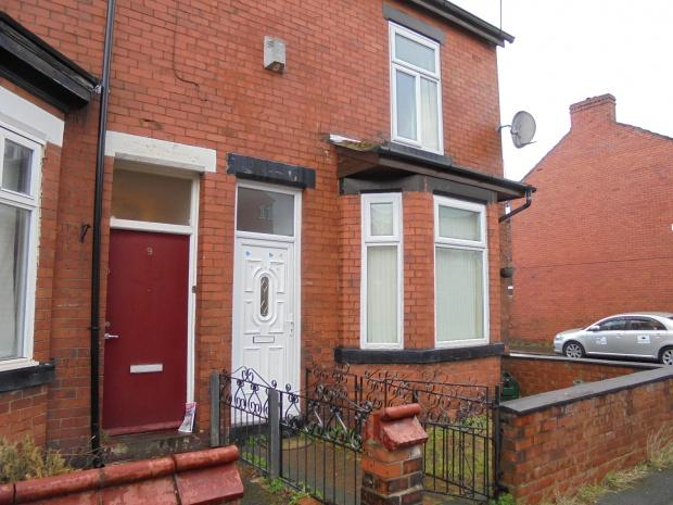 3 Bedrooms End Of Terrace House for sale in Henderson Street, Manchester, M19