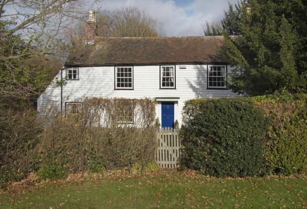 4 Bedrooms Detached House for sale in Bells Yew Green, Tunbridge Wells TN3